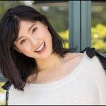 肉女優【土屋太鳳】がスマホデビュー、撮影の間に肉写真でニヤニヤ
