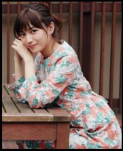 愛してたって秘密はある、2話、川口春奈、ドラマ衣装