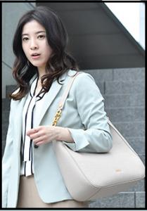 わたし定時、第4話、吉高由里子、衣装、ボウタイニット、どこのブランド?