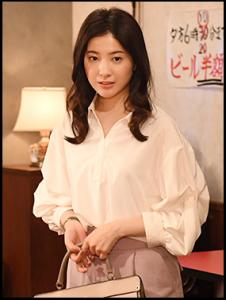 わたし定時で帰ります、第7話、吉高由里子、衣装、トップス、シャツ、ブランドどこの?