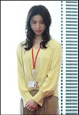 【わたし定時3話】吉高由里子・衣装、花柄ワンピースはどこのブランド?