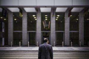 連休明け、会社行きたくない、行く、辞める、退職代行、選択肢