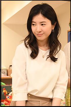 わたし定時で帰ります、8話、吉高由里子、衣装、白のシャツブラウス、どこのブランド?