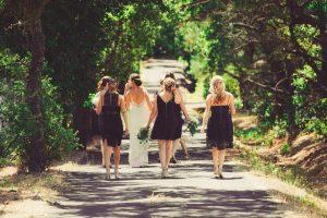 2019 結婚式、30代、服装、パンツ、ドレッシー、ポイント、法則