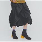 2019最新・ショートブーツは、太めのデザインヒールで後ろ姿美人!