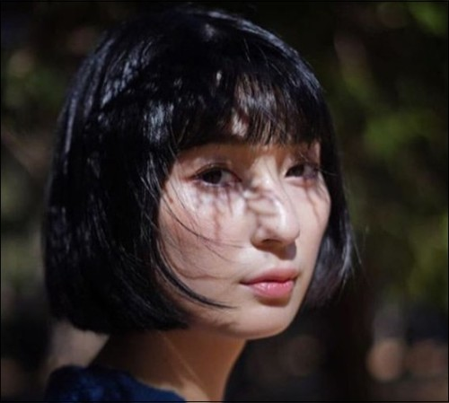 デコウトミリ 元彼 クマムシ佐藤 芸人 恋人 青学卒 モデル!